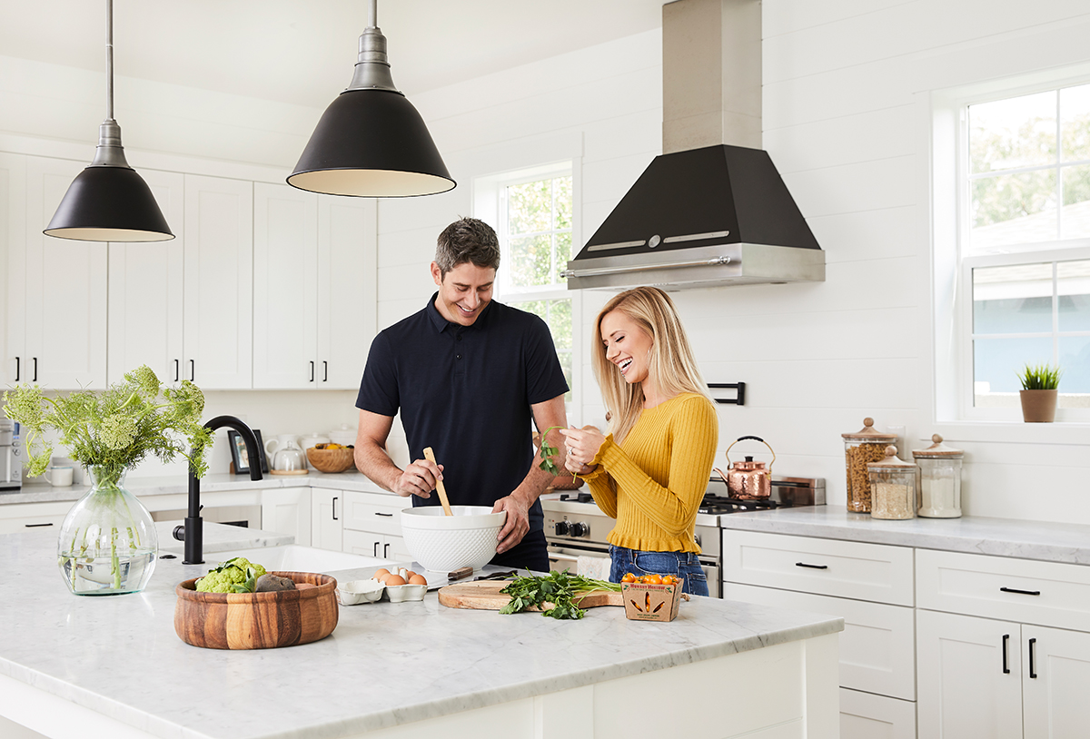 2018-10-03-Wayfair-Registry-Arie-Lauren6137-nicolegerulat